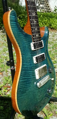 PRS Paul Reed Smith 10-top Studio with Birds in Blue Crab Blue with 2 Narrowfield pickups and 1 splittable 57/08 bridge humbucker with hardcase Durham