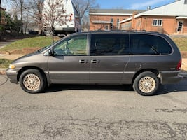 1997 Chrysler Town & Country LXI AWD
