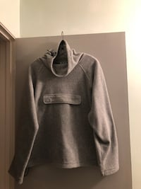 Priced to sell! Large R & R sport fleece hoodie with front pocket