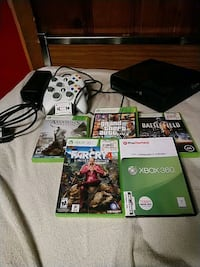 Xbox 360 250gb with controllers and 5 games  Pasadena, 21122