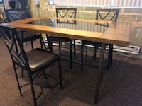 Dining table Omaha, 68102