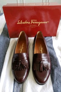 Men's shoes Salvatore Ferragamo loafer gently used