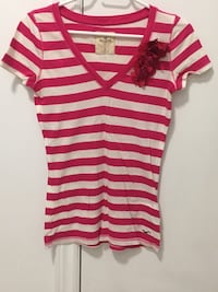 Hollister Striped Hot Pink Tee Shirt With Flower Size Small Women's Richmond Hill, L4C 9L6