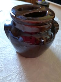 Beauceware Collectible Pottery Mississauga, L5R 3C7