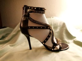 MICHAEL KORS Studded Leather Ankle Sandals size 8.5