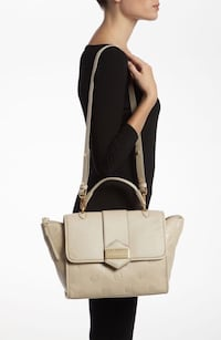 Marc by Marc Jacobs beige soft leather top handle bag $500 Mississauga, L5B
