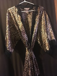 """""""La Senza"""" Night wear..silk Camisole cover up..with belt   S-M"""