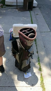 Golf bag  Kitchener, N2H 3E7