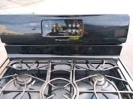 Frigidaire 5 burner self-cleaning Electric stove