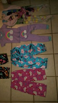 Toddler girls 2T and 3T pajamas Oil City, 16301