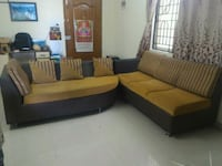 brown and black sectional couch Bengaluru, 560075