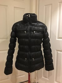 Warm thick down jacket water proof  Mississauga, L5N