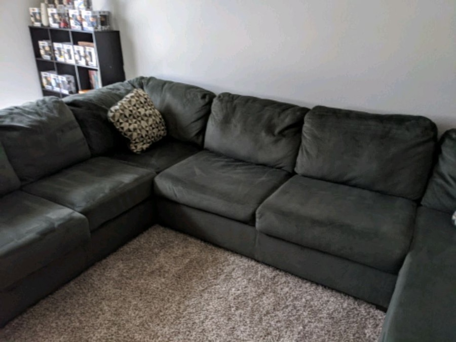 Photo Ashley Sectional Couch