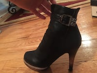 Women's black heeled shoes s New York, 11230