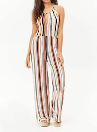 Brand new Forever21 striped jumpsuit in size medium  Oxnard, 93033