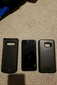 Samsung galaxy s7 edge with and otterbox case and  1917 mi