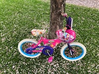 Shopkins girls bike and helmet, great condition Plymouth, 55447