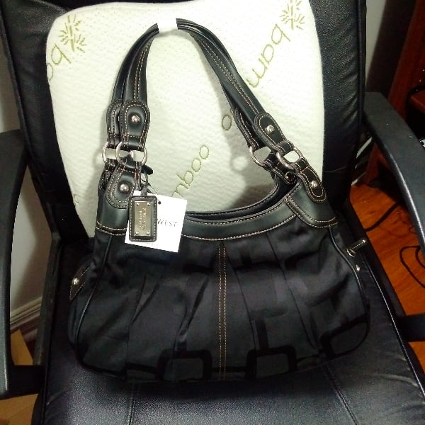 women's black Nine West hobo bag