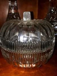clear cut glass candy dish Montreal, H1C