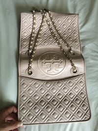 Authentic Tory Burch purse ... Nobleton