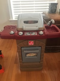 Step 2 Kids Toy Grill