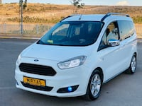 2015 Ford Tourneo Courier Journey