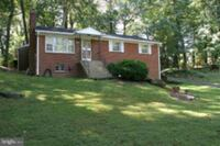 HOUSE For Rent 4+BR 2BA Oxon Hill