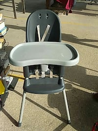 Heavy Plastic Gray High Chair Lafayette, 70507