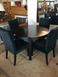 Black Metal Dining Table & 4 Chairs  Henderson, 89123