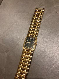 gold-colored analog watch with link bracelet Las Vegas, 89121