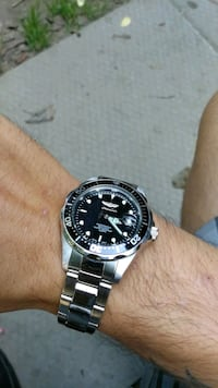 Invicta diver's watch London, N5W 4V6