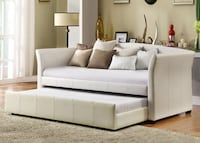 BRAND NEW BEAUTIFUL LEATHER DAY BED WITH TRUNDLE TORONTO