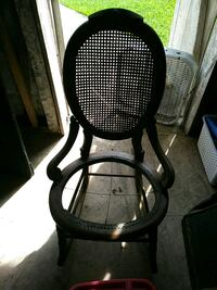 Antique rocking chair New Orleans, 70122