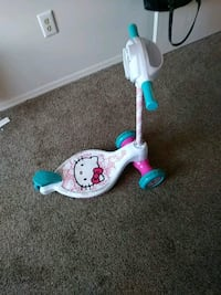 toddler's white and blue kick scooter Dayton, 45417