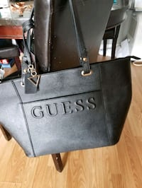 Authentic guess tote London, N6E 2S4