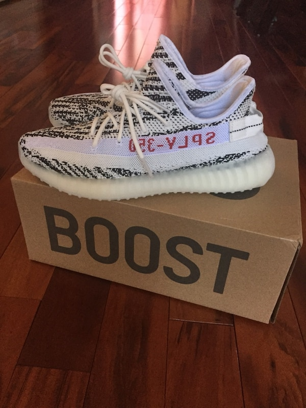 ed75e3aaf26 Used Yeezy boost 350 v2 zebras for sale in Laval - letgo