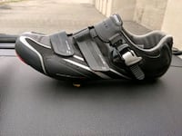 Shimano cycling shoes Brampton, L6T 2W4
