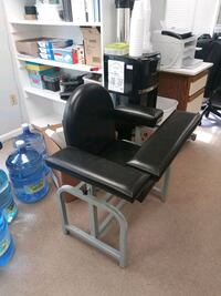 black and gray office rolling chair Rockville, 20852