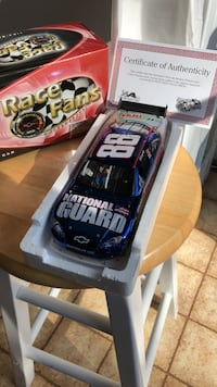 NASCAR Dale Earnhardt, Jr. Die Cast 1:24 Laurel