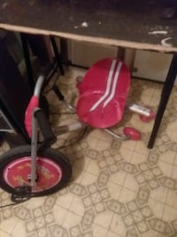 toddler's red and white trike Fort Walton Beach, 32548