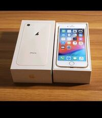 Mint condition Gold Apple iPhone 8, 64Gb and factory unlocked Hamilton, L8H 6L9