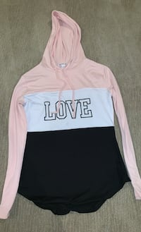 pull over long sleeve shirt with hood-sz small