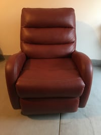Red Lazy Boy Rocker Swivel Recliner Las Vegas, 89147