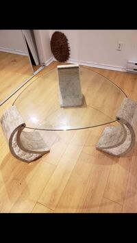 Glass and marble coffee table Cafe vitre marbre Montreal, H1K 3W7
