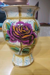 Beautiful large Vase with purple flower