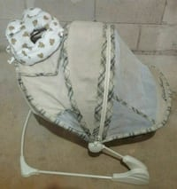 Infant bed & head protector Mississauga, L5N 2M9