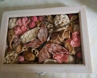 NEW, Wood box with sensitive dry flowers.  London, N6C 4W2