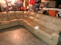 Sectional Couch with full size bed Horizon City, 79928