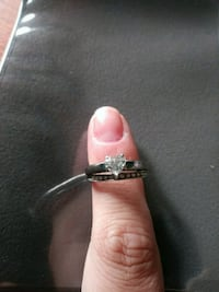 silver and diamond studded ring Lincoln, 62656