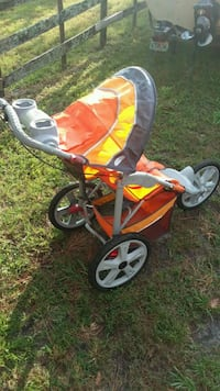 Very nice jogging stroller Palm Coast, 32137